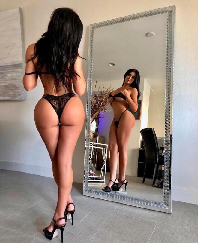 Becky Hudson big titties sexy girl (6)