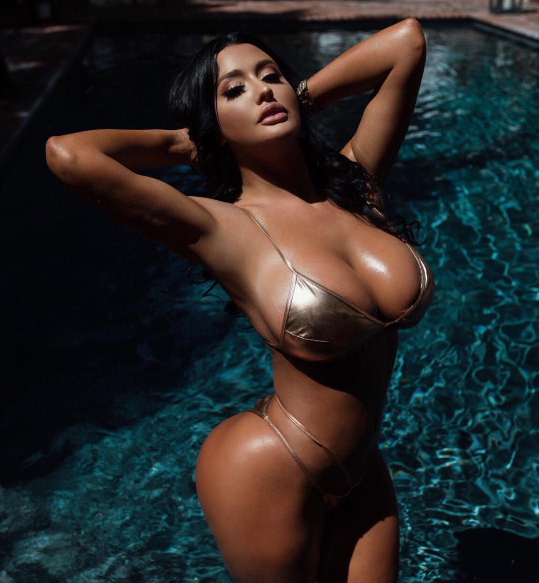 Becky Hudson big titties sexy girl