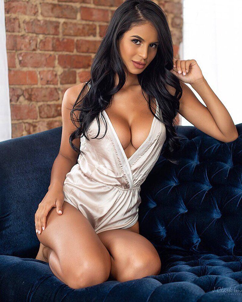 Brianna Gonva sexy mexican hot ass tight boobs babe (49)