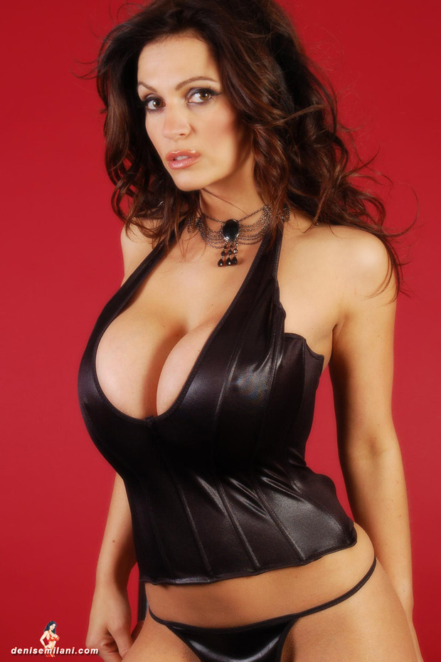 Denise_Milani_big_boobs_hot_busty_babe (12)