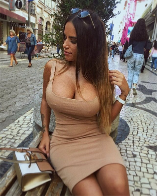 Francisca Tavares sexy hot busty portuguese girl (31)