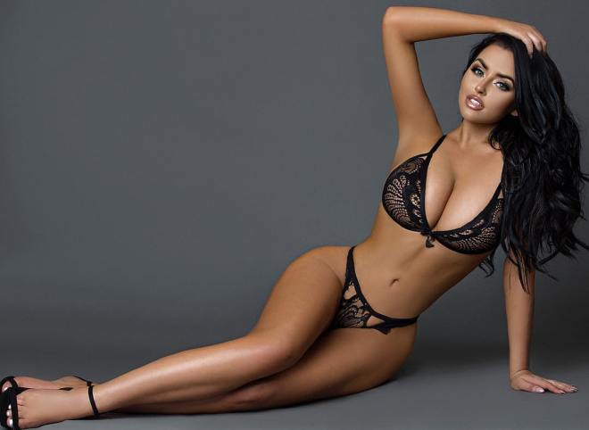 Abigail Ratchford sexy busty hot ass babe (1)