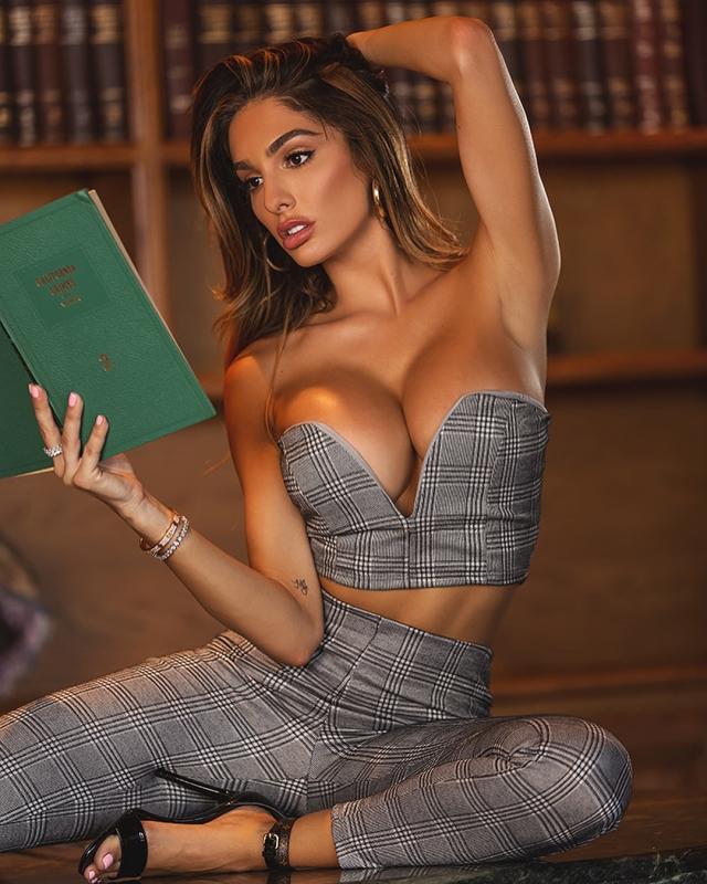 Lyna_Perez_hot _sexy_babe (11)