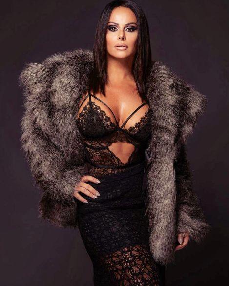 Viviane Araujo (3)